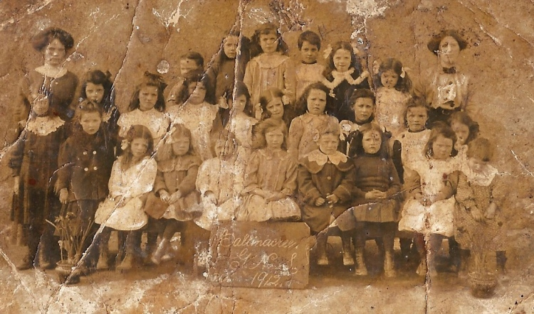 Girls School 1912